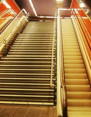 贵州自动人行道电梯销售